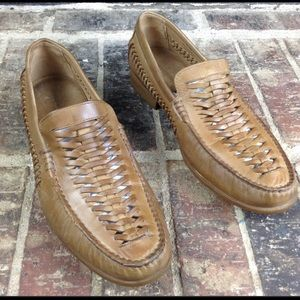 Johnston Murphy tan sheepskin leather woven shoe